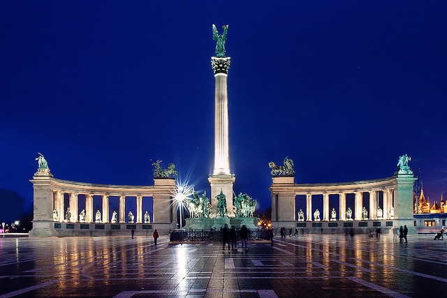 Things To Do In Budapest Vi The Hero Square Dental